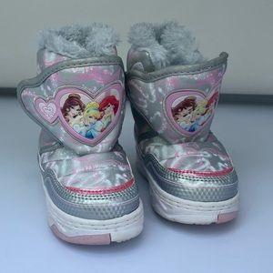 PRINCESS Snow Boots**Sm. 5-6